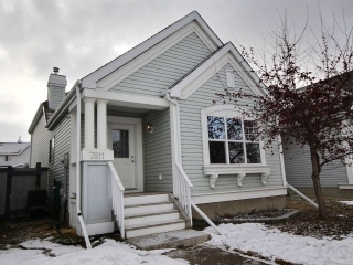 Main Photo: 7811 14 Avenue in Edmonton: Zone 53 House for sale : MLS(r) # E4055339