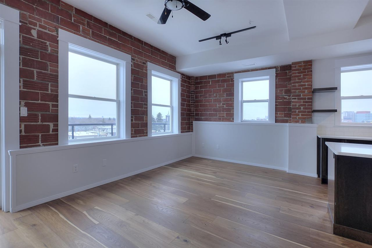 There are numerous windows throughout the condo allowing loads of natural light to flow in.
