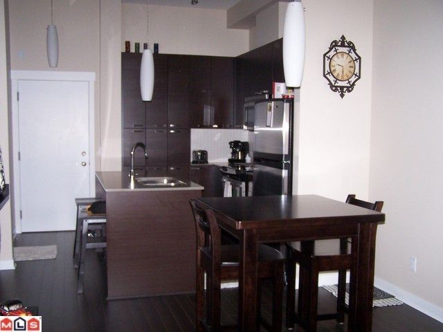 Photo 3: 116 18818 68TH Ave in Cloverdale: Home for sale : MLS® # F1125480