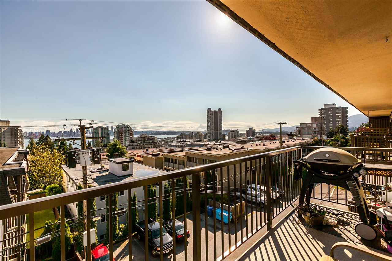 "Photo 15: 306 155 E 5TH Street in North Vancouver: Lower Lonsdale Condo for sale in ""Winchester Estates"" : MLS® # R2176617"