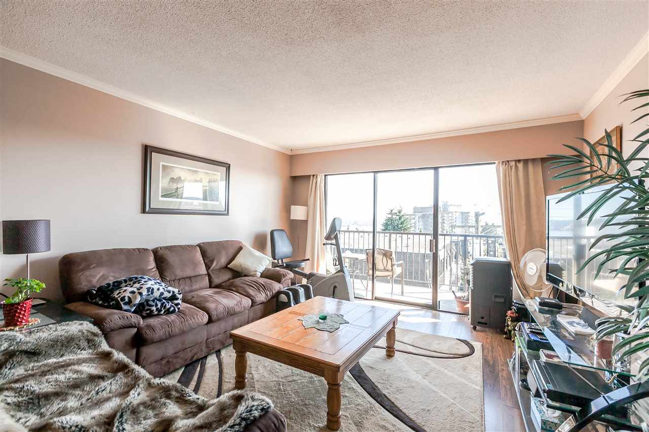"Photo 10: 306 155 E 5TH Street in North Vancouver: Lower Lonsdale Condo for sale in ""Winchester Estates"" : MLS® # R2176617"