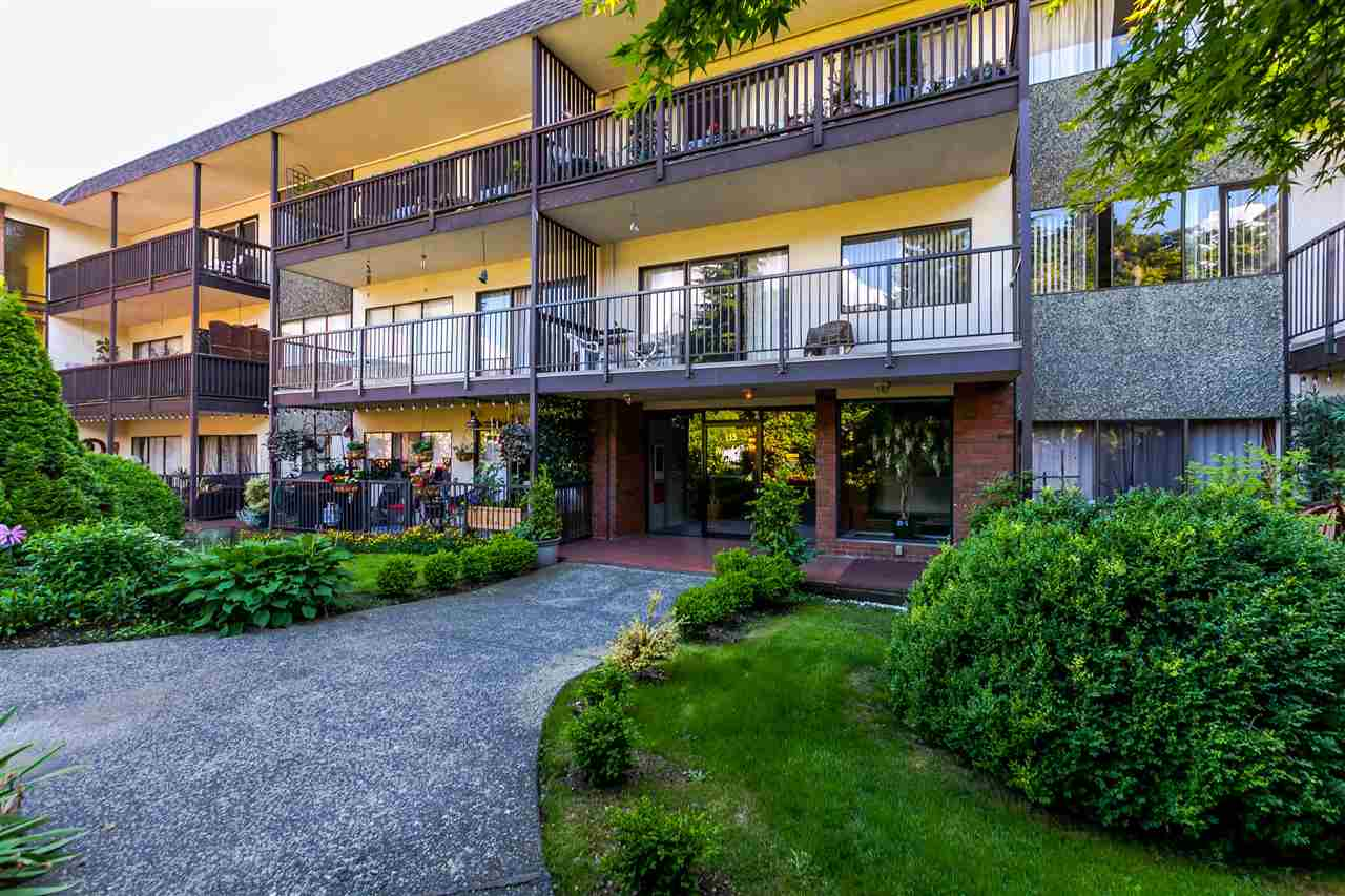 "Main Photo: 306 155 E 5TH Street in North Vancouver: Lower Lonsdale Condo for sale in ""Winchester Estates"" : MLS®# R2176617"