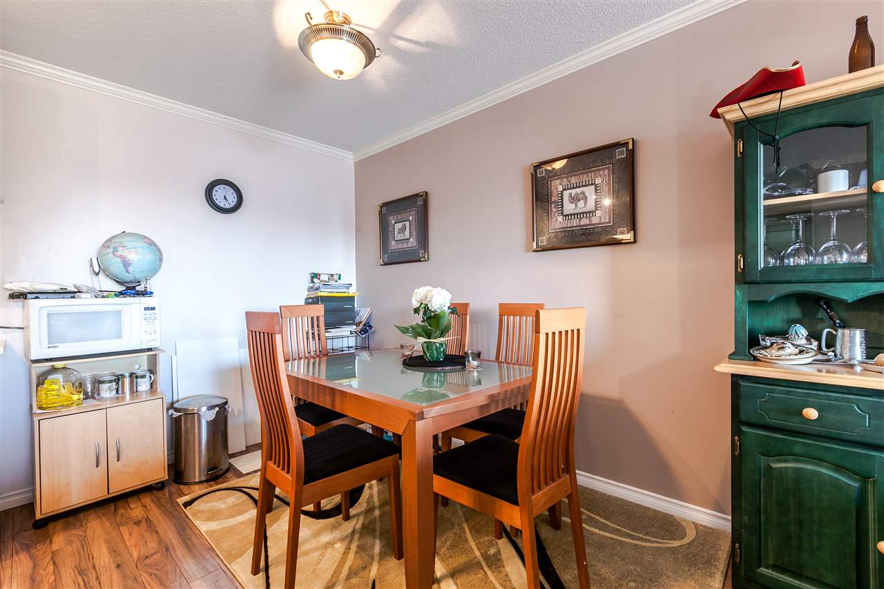 "Photo 6: 306 155 E 5TH Street in North Vancouver: Lower Lonsdale Condo for sale in ""Winchester Estates"" : MLS® # R2176617"
