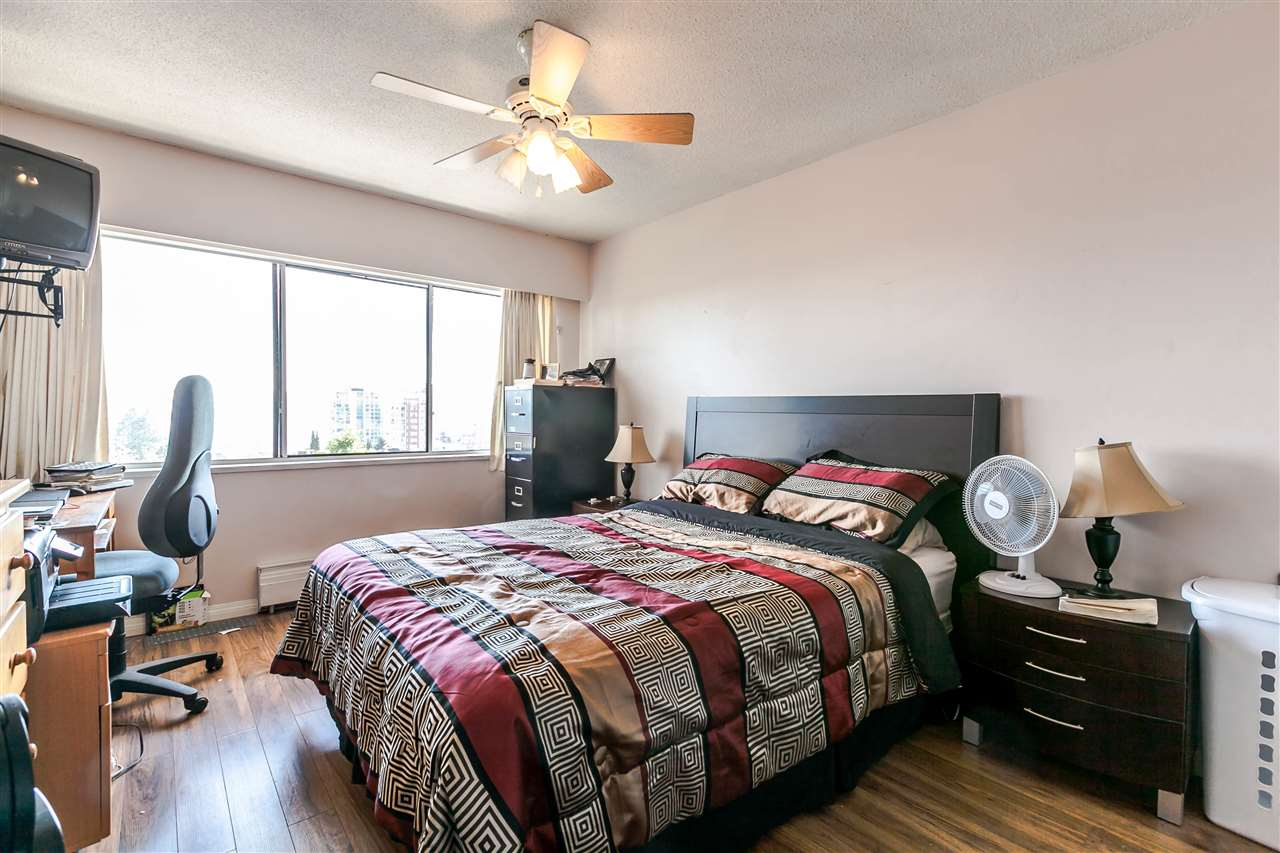 "Photo 11: 306 155 E 5TH Street in North Vancouver: Lower Lonsdale Condo for sale in ""Winchester Estates"" : MLS® # R2176617"