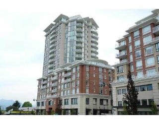 Main Photo: 403 4028 KNIGHT Street in Vancouver: Knight Condo for sale (Vancouver East)  : MLS(r) # R2184168
