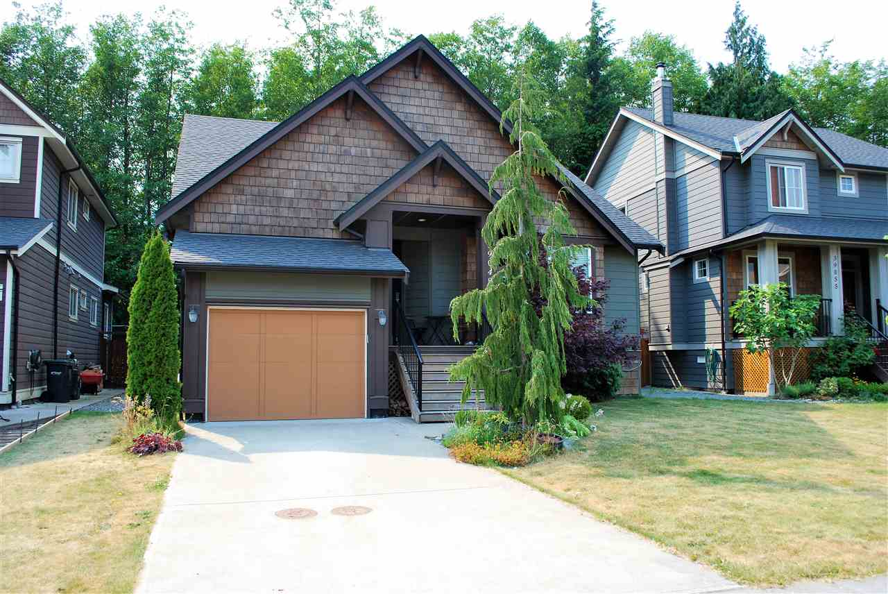 "Main Photo: 39049 KINGFISHER Road in Squamish: Brennan Center House for sale in ""MAPES AT FINTREY PARK"" : MLS® # R2189658"