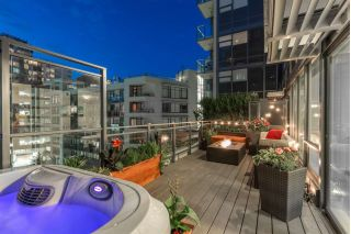 "Main Photo: PH615 161 E 1ST Avenue in Vancouver: Mount Pleasant VE Condo for sale in ""BLOCK 100"" (Vancouver East)  : MLS® # R2195060"