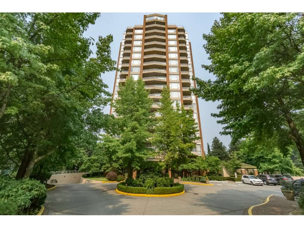 "Main Photo: 805 4657 HAZEL Street in Burnaby: Forest Glen BS Condo for sale in ""THE LEXINGTON"" (Burnaby South)  : MLS® # R2195713"