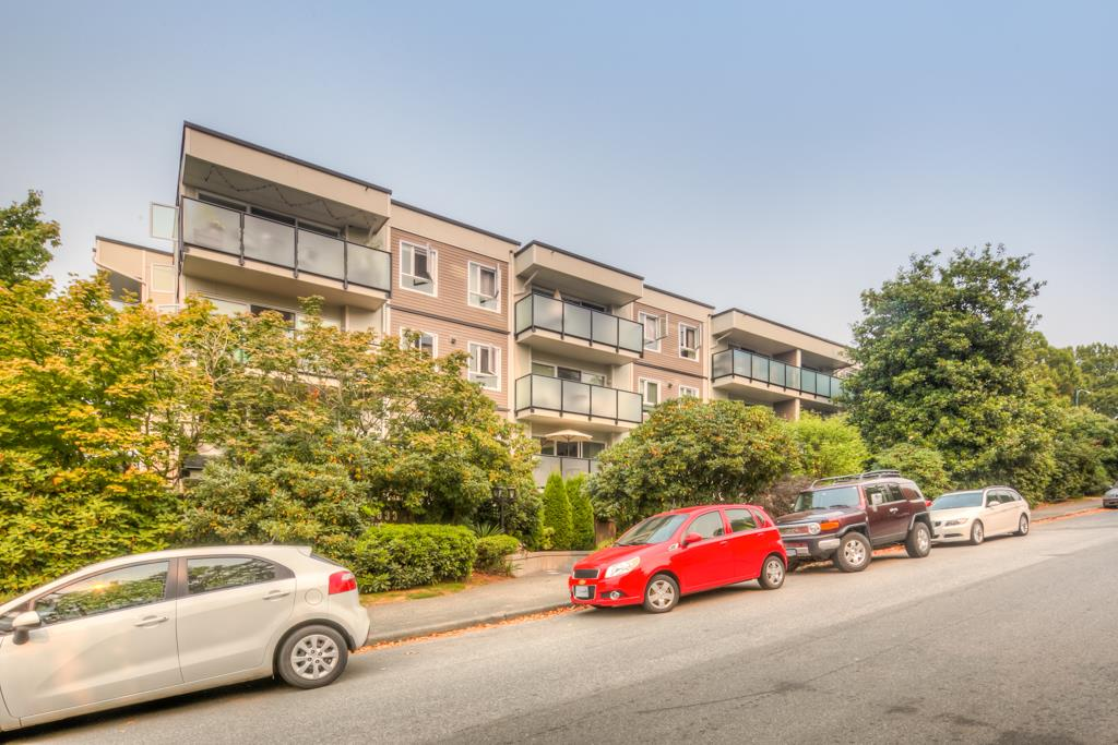 Main Photo: 307 2333 TRIUMPH Street in Vancouver: Hastings Condo for sale (Vancouver East)  : MLS® # R2204416