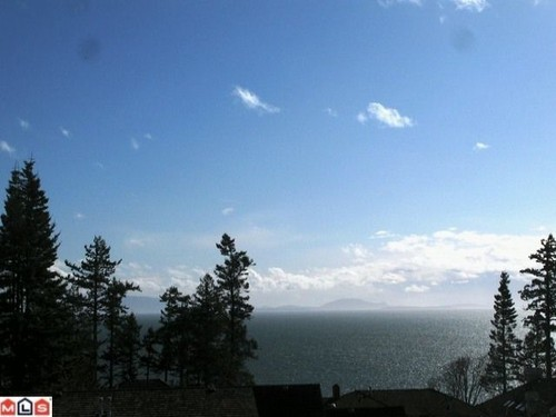 Main Photo: 13518 MARINE Drive in South Surrey White Rock: Home for sale : MLS® # F1206958