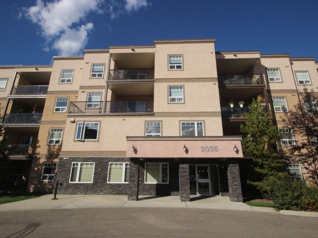 Main Photo:  in Edmonton: Zone 58 Condo for sale : MLS® # E4090054