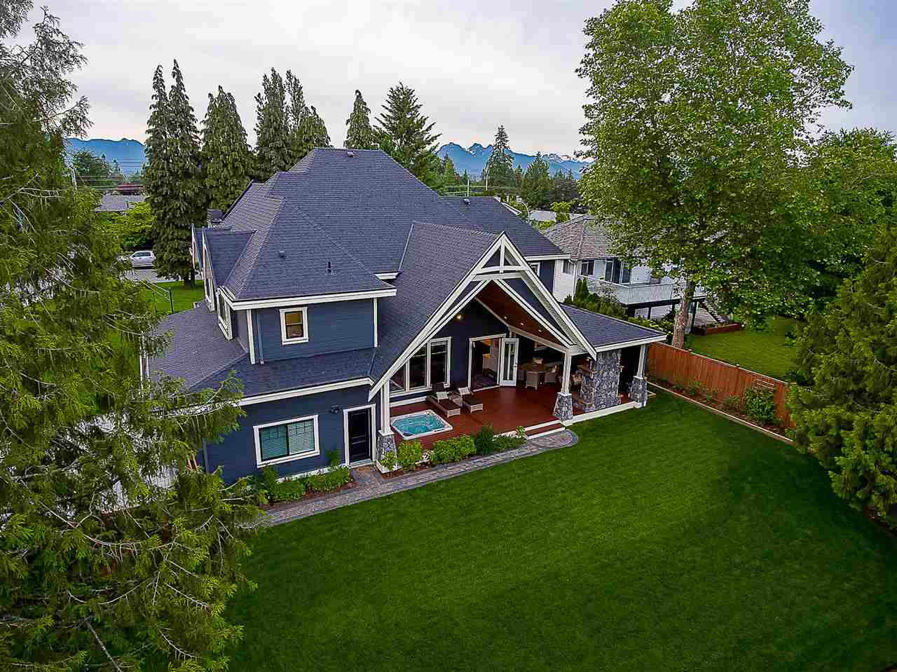 Photo 17: Photos: 20462 94B Avenue in Langley: Walnut Grove House for sale : MLS® # R2236268