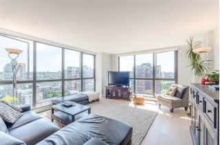 "Main Photo: 1502 212 DAVIE Street in Vancouver: Yaletown Condo for sale in ""Parkview Gardens"" (Vancouver West)  : MLS® # R2248594"
