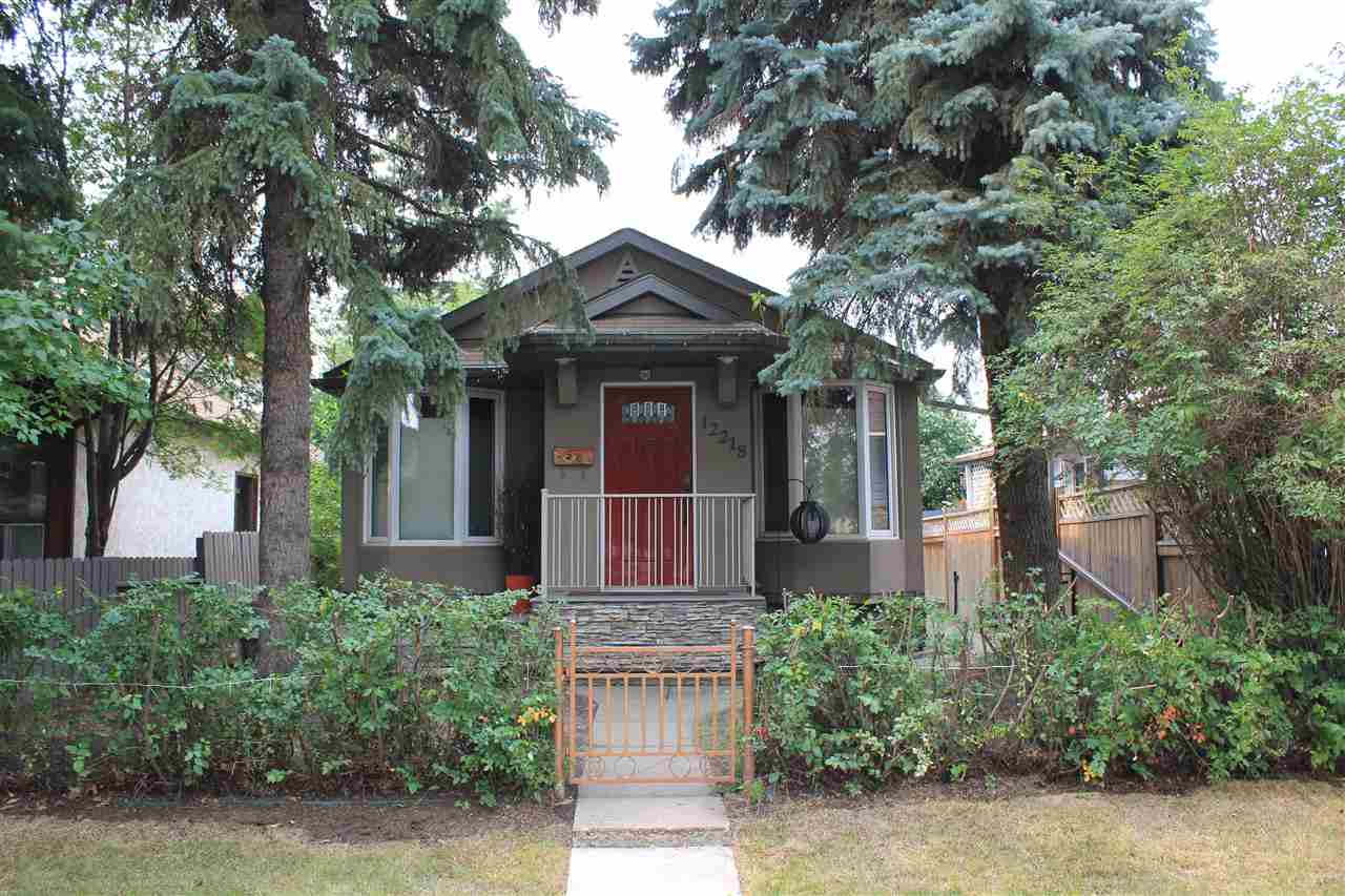 Main Photo: 12218 60 Street in Edmonton: Zone 06 House for sale : MLS®# E4125592