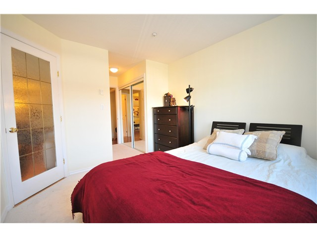 "Photo 7: 211 3638 W BROADWAY Street in Vancouver: Kitsilano Condo  in ""CORAL COURT"" (Vancouver West)  : MLS(r) # V871105"