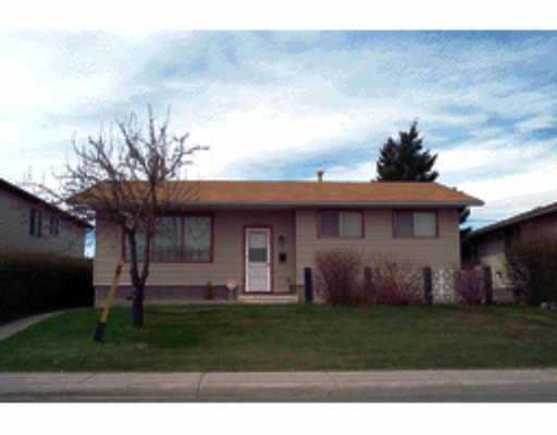 Main Photo:  in : Penbrooke Residential Detached Single Family for sale (Calgary)  : MLS® # C2162532