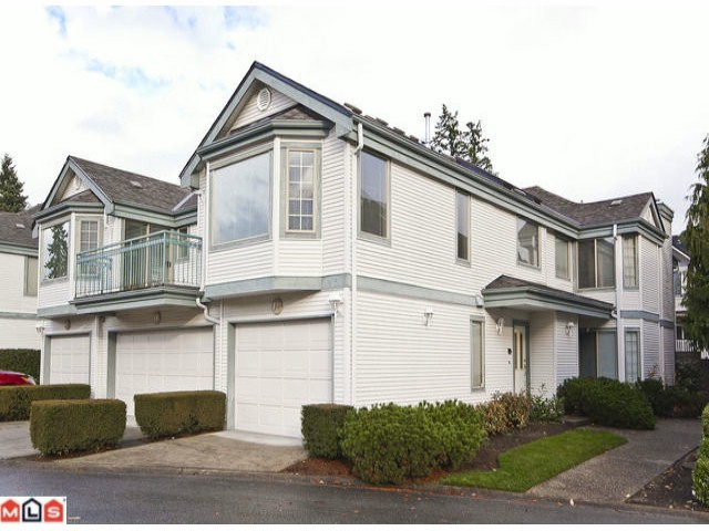 "Main Photo: 17 15840 84TH Avenue in Surrey: Fleetwood Tynehead Townhouse for sale in ""FLEETWOOD GABLES"" : MLS® # F1127642"
