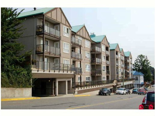"Main Photo: 309 33165 2ND Avenue in Mission: Mission BC Condo for sale in ""MISSION MANOR"" : MLS® # F1411336"