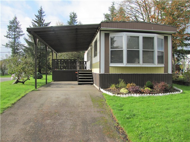 "Main Photo: 5 23141 72ND Avenue in Langley: Salmon River Manufactured Home for sale in ""Livingston"" : MLS®# F1429787"