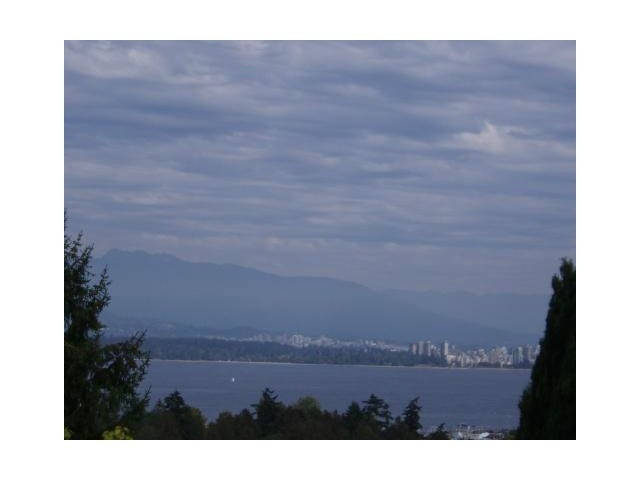 Main Photo: 4580 W 1ST Avenue in Vancouver: Point Grey House for sale (Vancouver West)  : MLS® # V1112061