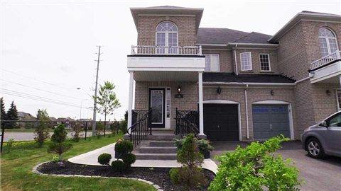 Main Photo: 66 Kettlewell Crest in Brampton: Sandringham-Wellington House (2-Storey) for sale : MLS(r) # W3206748