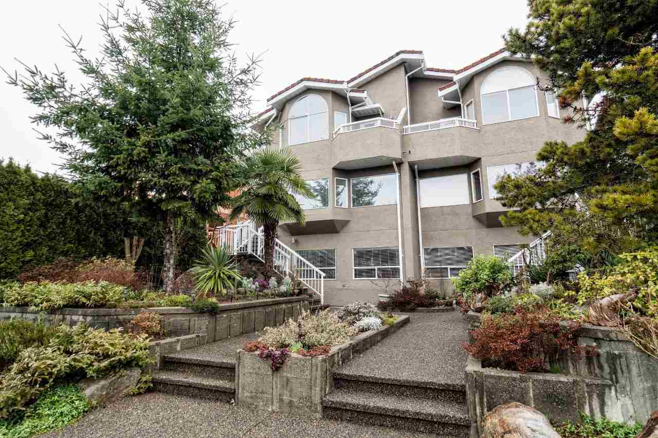 Photo 19: 312 E 11TH Street in North Vancouver: Central Lonsdale House 1/2 Duplex for sale : MLS(r) # R2029471