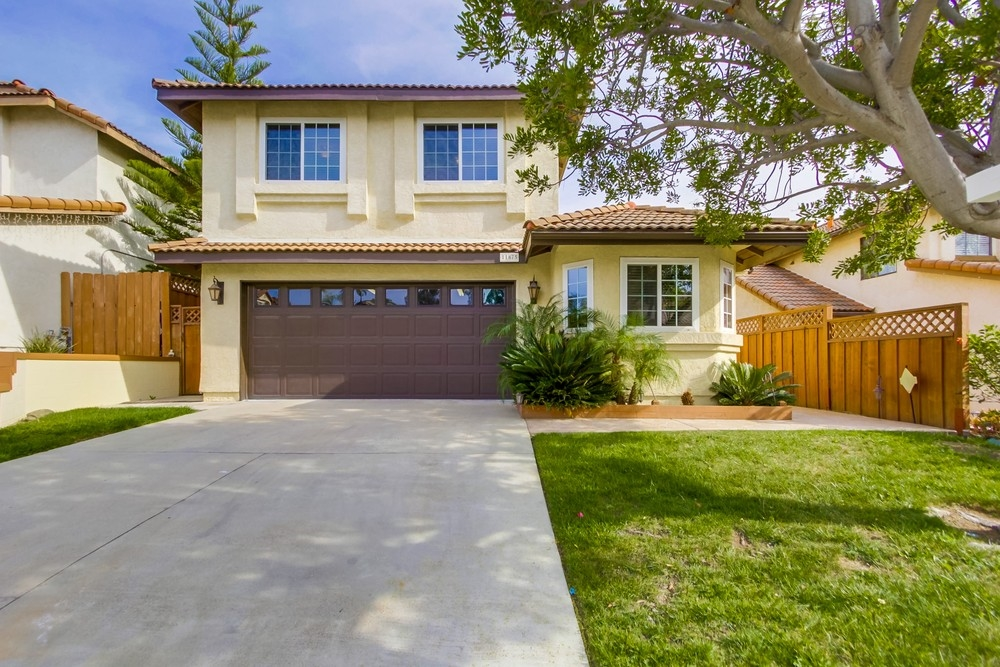 Main Photo: RANCHO SAN DIEGO House for sale : 4 bedrooms : 11875 Via Granero in El Cajon
