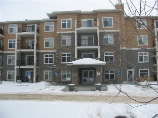 Main Photo: 110 6070 SCHONSEE Way NW in Edmonton: Zone 28 Condo for sale : MLS(r) # E4046373