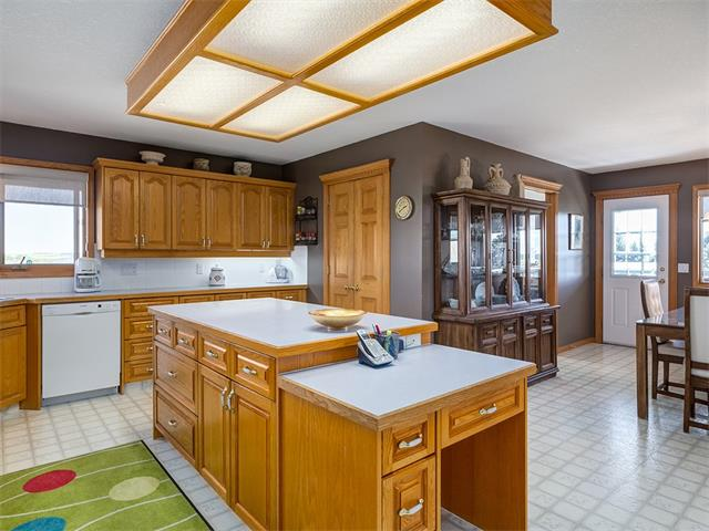 Photo 17: 354132 48 Street E: Rural Foothills M.D. House for sale : MLS® # C4096683