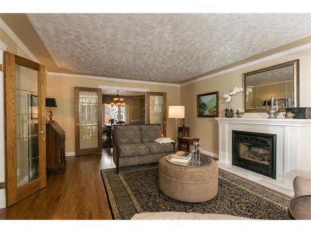 Photo 8: 619 WILDERNESS Drive SE in Calgary: Willow Park House for sale : MLS(r) # C4101330