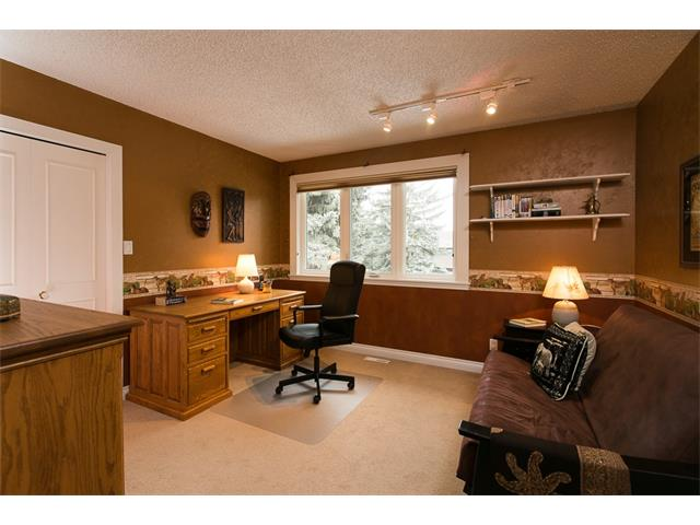 Photo 25: 619 WILDERNESS Drive SE in Calgary: Willow Park House for sale : MLS(r) # C4101330