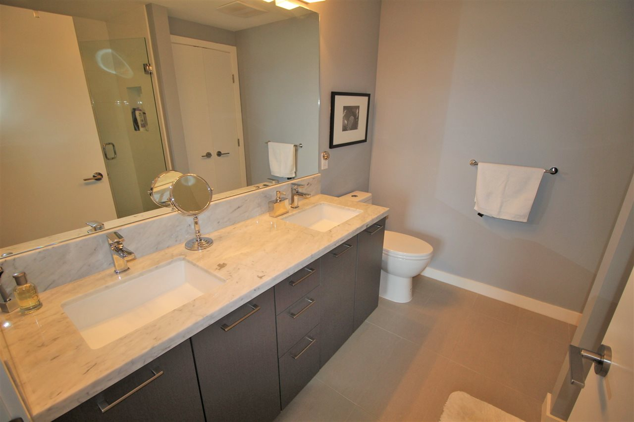 "Photo 8: 2011 271 FRANCIS Way in New Westminster: Fraserview NW Condo for sale in ""PARKSIDE AT VICTORIA HILL"" : MLS® # R2164256"