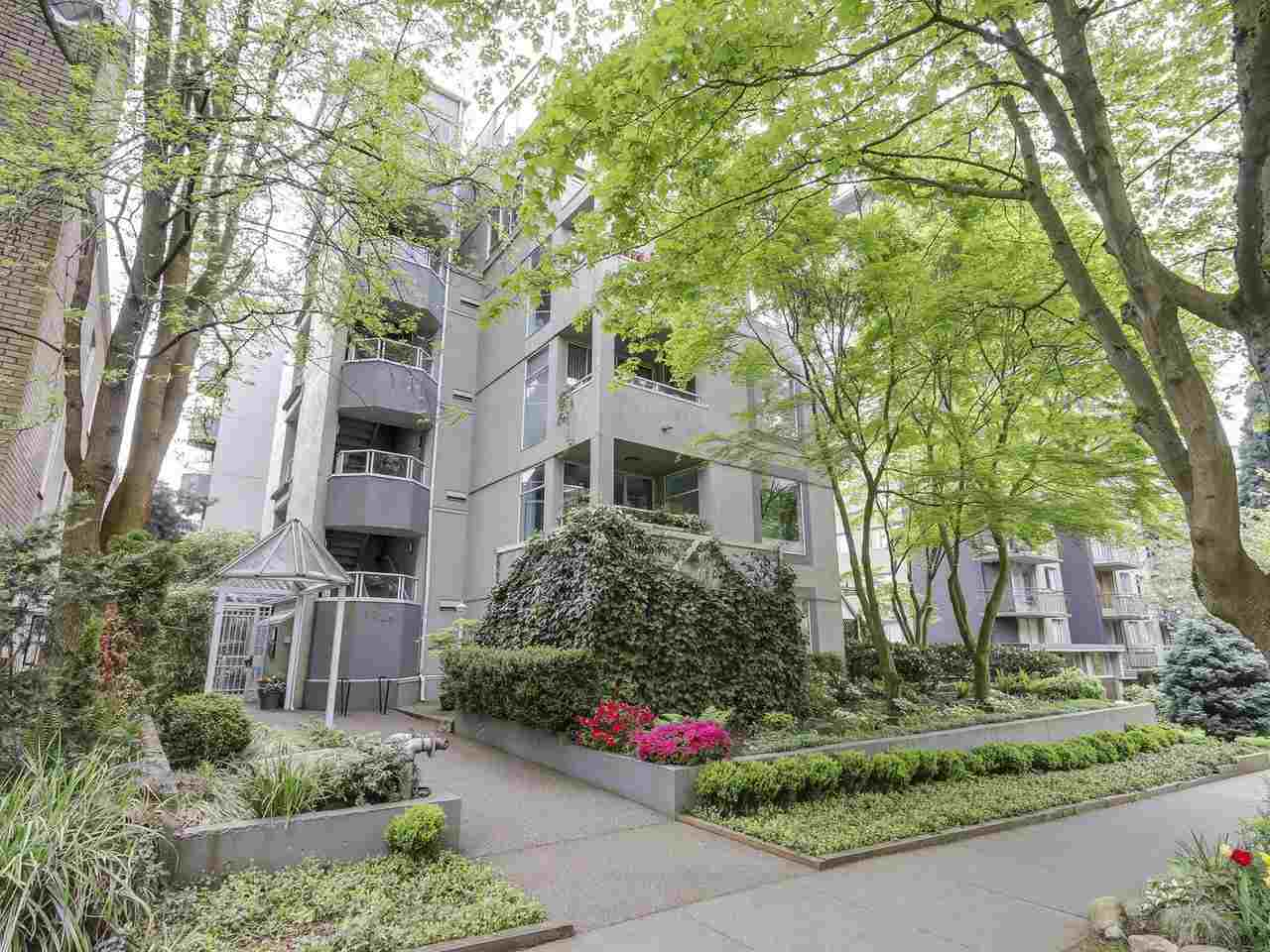 "Main Photo: 201 1220 BARCLAY Street in Vancouver: West End VW Condo for sale in ""Kenwood Court"" (Vancouver West)  : MLS(r) # R2169389"