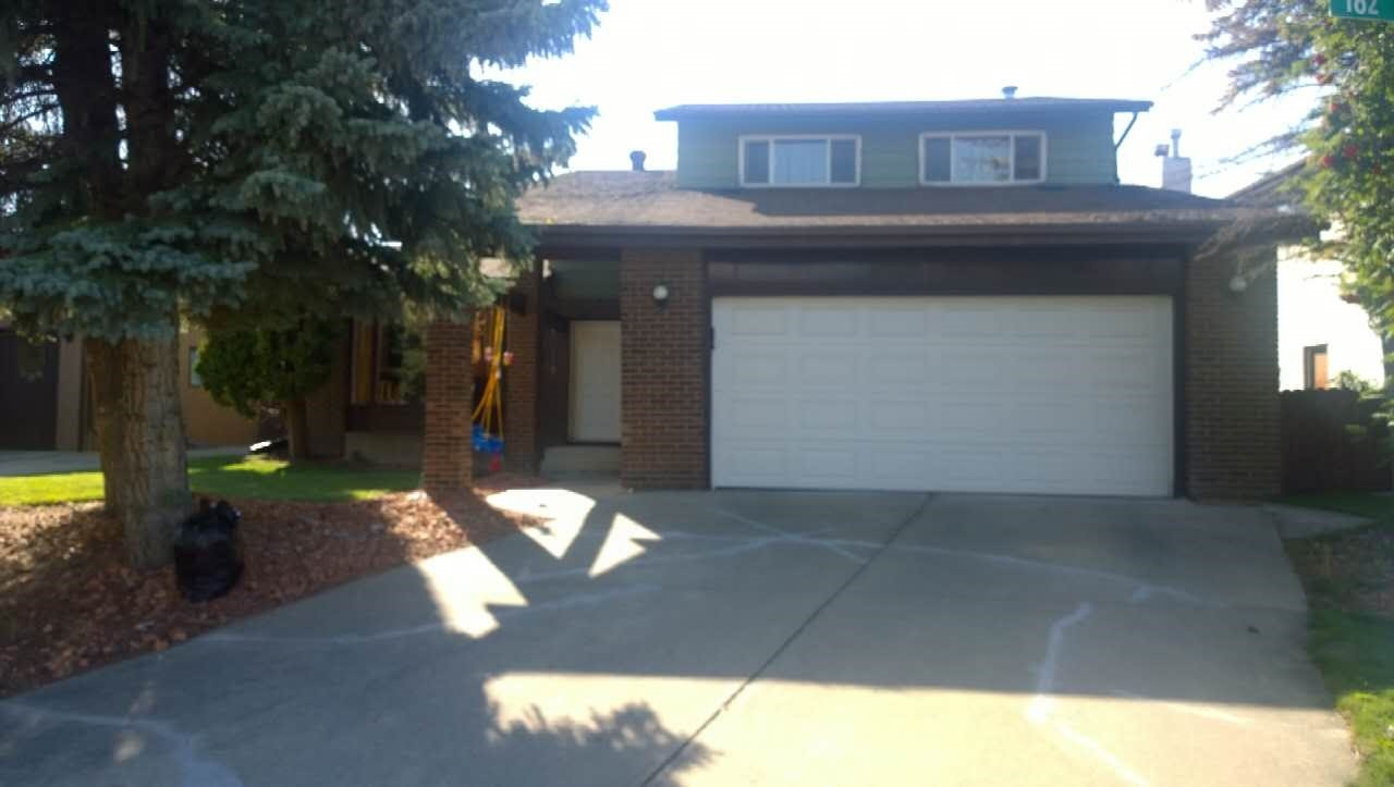 Main Photo: 7716 182 Street in Edmonton: Zone 20 House for sale : MLS® # E4065988