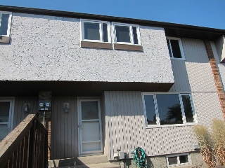 Main Photo:  in Edmonton: Zone 02 Townhouse for sale : MLS® # E4069089
