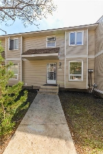 Main Photo: 423 Dunluce Road in Edmonton: Zone 27 Townhouse for sale : MLS® # E4071422