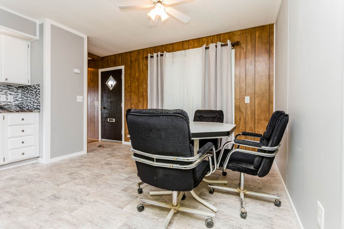"Photo 11: 7 7241 HURD Street in Mission: Mission BC Manufactured Home for sale in ""Highland Mobile Park"" : MLS® # R2191991"