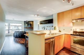 "Main Photo: 410 124 W 3RD Street in North Vancouver: Lower Lonsdale Condo for sale in ""THE VOGUE"" : MLS® # R2215946"