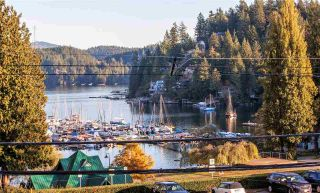Main Photo: 2355 PANORAMA Drive in North Vancouver: Deep Cove House for sale : MLS® # R2220333