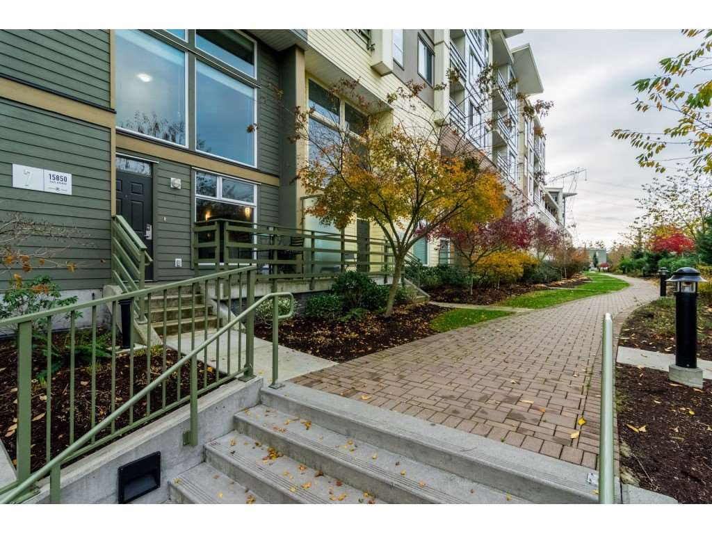 "Main Photo: 7 15850 26 Avenue in Surrey: Grandview Surrey Condo for sale in ""SUMMIT HOUSE"" (South Surrey White Rock)  : MLS® # R2221488"