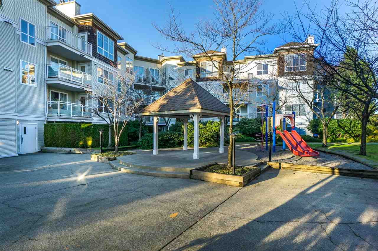 Photo 19: Photos: 202 10188 155 Street in Surrey: Guildford Condo for sale (North Surrey)  : MLS® # R2226533