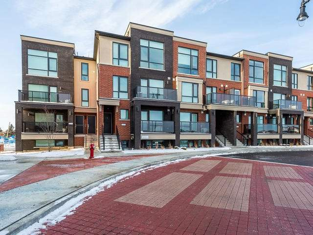 Main Photo: 42 100 Dufay Road in Brampton: Northwest Brampton Condo for sale : MLS® # W4010152