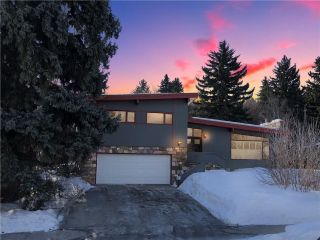Main Photo: 1211 LANSDOWNE Avenue SW in Calgary: Elbow Park House for sale : MLS®# C4175236