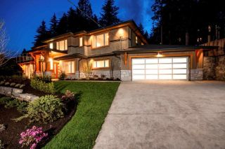 Main Photo: 2831 WEMBLEY Drive in North Vancouver: Westlynn Terrace House for sale : MLS®# R2253290
