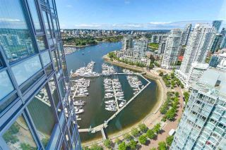 "Main Photo: 3808 1033 MARINASIDE Crescent in Vancouver: Yaletown Condo for sale in ""QUAYWEST"" (Vancouver West)  : MLS®# R2285110"