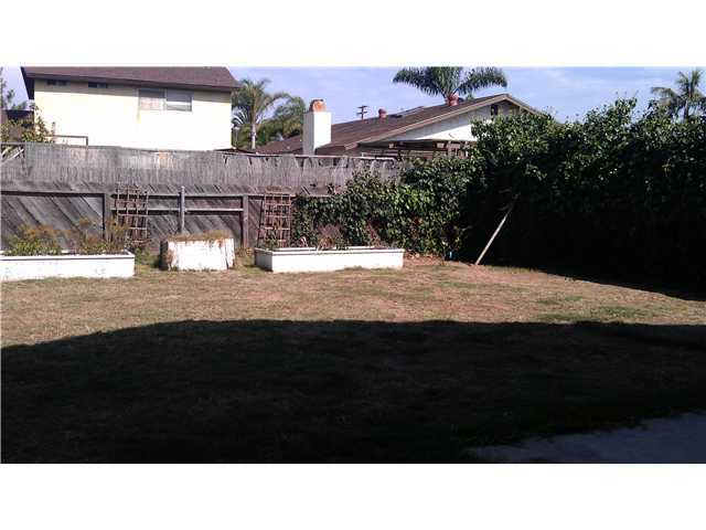 Photo 16: IMPERIAL BEACH House for sale : 4 bedrooms : 1183 Louden