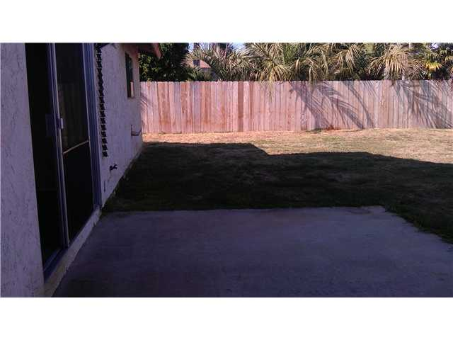 Photo 14: IMPERIAL BEACH House for sale : 4 bedrooms : 1183 Louden