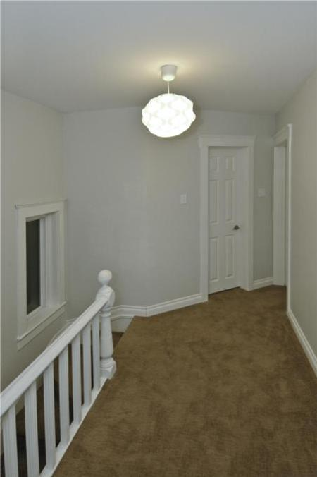 Photo 8: Photos: 554 BEVERLEY ST in Winnipeg: Residential for sale (West End)  : MLS® # 1014472