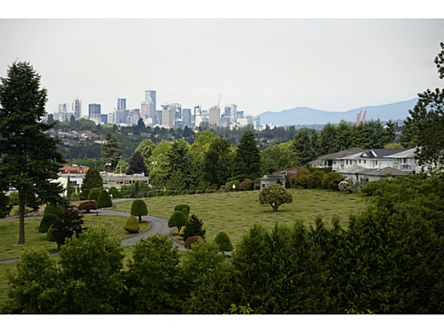"Main Photo: 1008 4425 HALIFAX Street in Burnaby: Brentwood Park Condo for sale in ""POLARIS"" (Burnaby North)  : MLS® # V1070564"