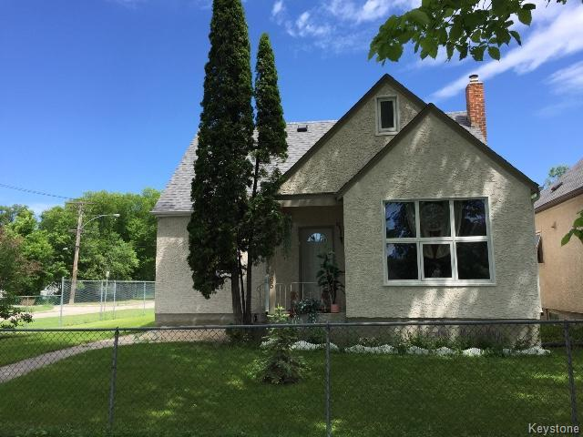 Main Photo: 665 Bannerman Avenue in WINNIPEG: North End Residential for sale (North West Winnipeg)  : MLS® # 1517478